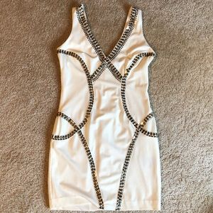 bebe sequin Ivory v neck dress - medium